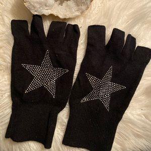 Minnie Rose Fingerless Gloves
